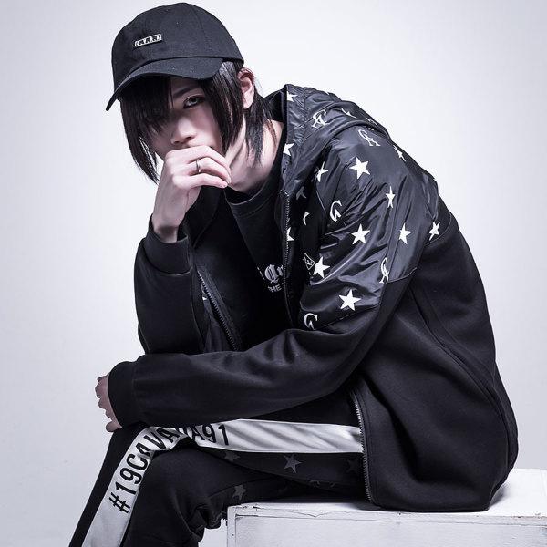 Black×White(ブラック×ホワイト)